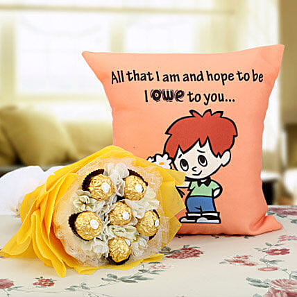 Ferrero Rocher Bouquet & Cushion Combo: Chocolate Bouquet