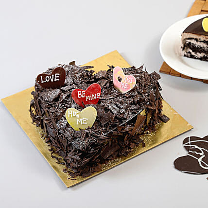 Choco Blast Love Cake: Heart Shaped Gifts