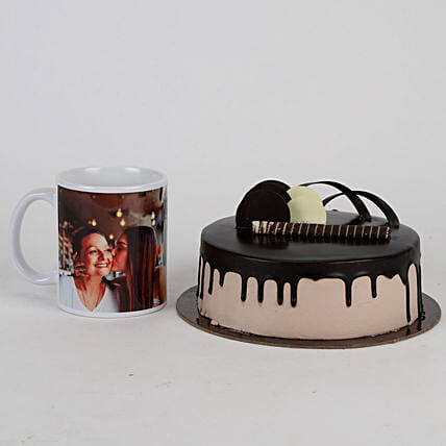 Chocolate Cake & Personalised Mug For Mom: