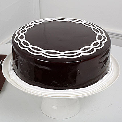 Chocolate Cake: Gifts to India
