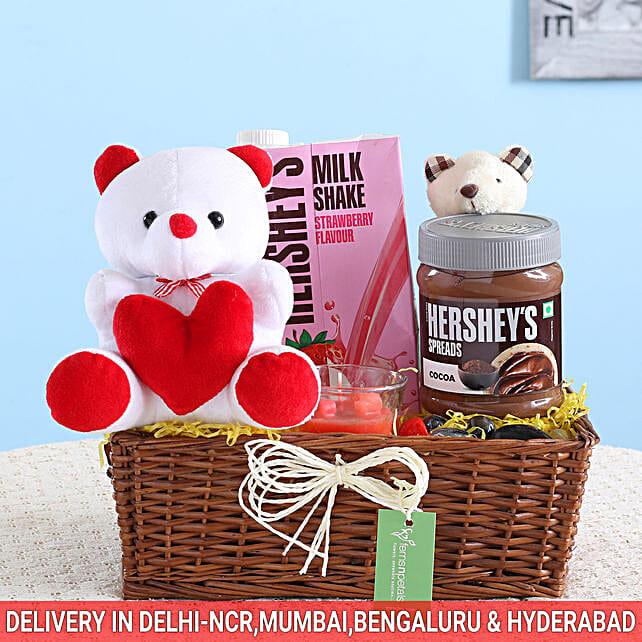 Chocolatey Love Cute Gift Basket: Gift Ideas