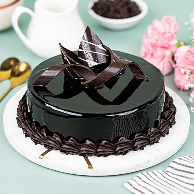 Chocolaty Truffle Cake:
