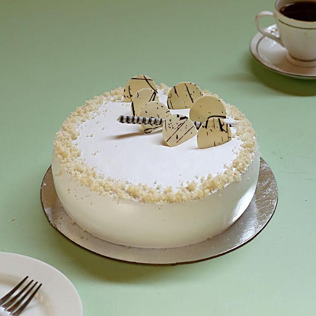 Classic Vanilla Cream Cake