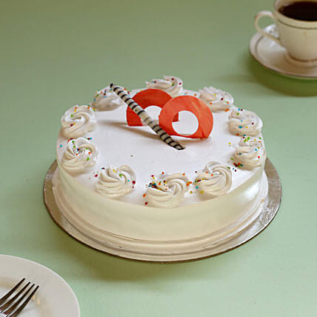 Cream Drop Vanilla Cake: Cake Delivery