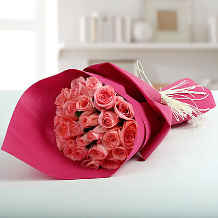 Cute Pink Roses Bunch: Pink Flowers