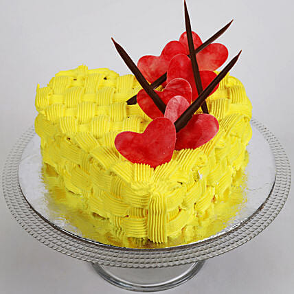 Decorated Hearts Cake: Send Valentines Day Designer Cakes
