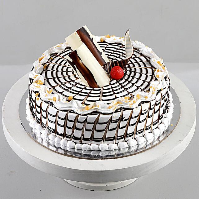Designer Butterscotch Cream Cake: Cakes