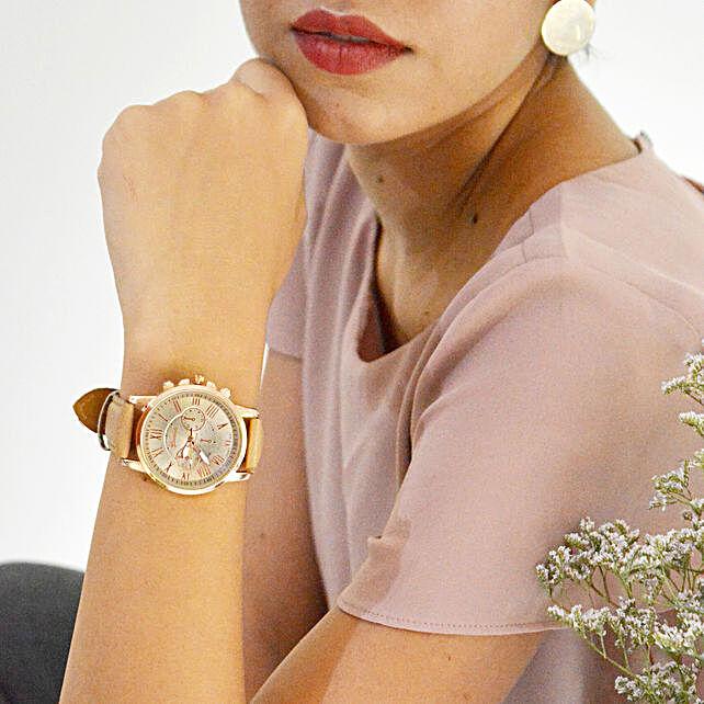 Elegant Beige Watch: Accessories