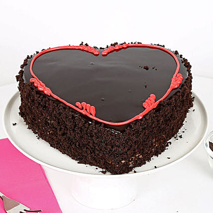 Fabulous Heart Cake: Heart Shaped Gifts for Valentines Day