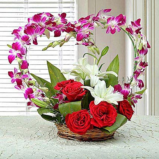Floral Heartshaped Arrangement: Heart Shaped Flowers