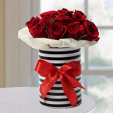 Graceful Roses Arrangement: Romantic Gifts