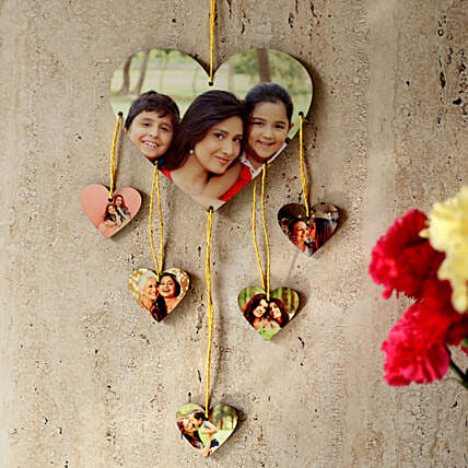 Heartshaped Personalized Wall Hanging: Send Personalised Gifts to Bardhaman