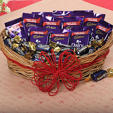 Loaded With Chocolates: Send Gift Baskets