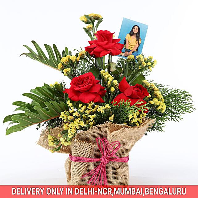 Personalised Mesmerizing Floral Arrangement: Flowers N Personalised Gifts