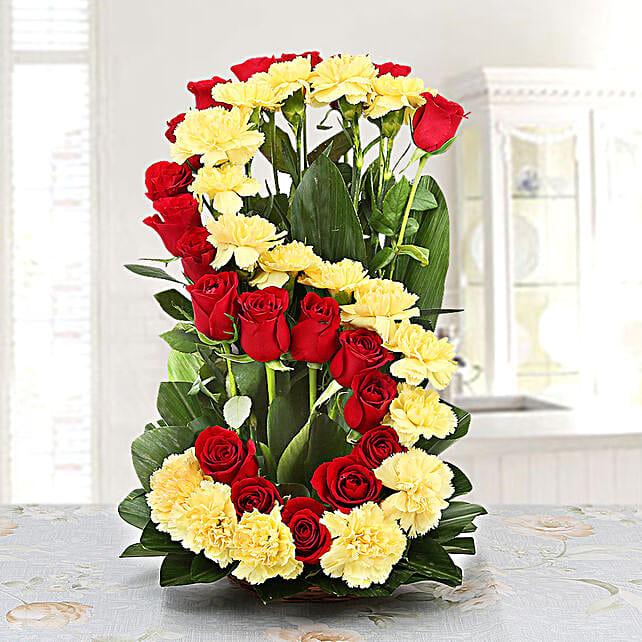 Personalised Floral Arrangement: Send Carnations