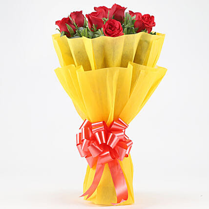 Posy Of Bright Red Roses: Hug Day Flowers
