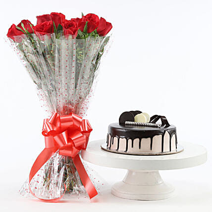 Red Roses And Chocolate Cake Combo: Flowers & Cake Combos