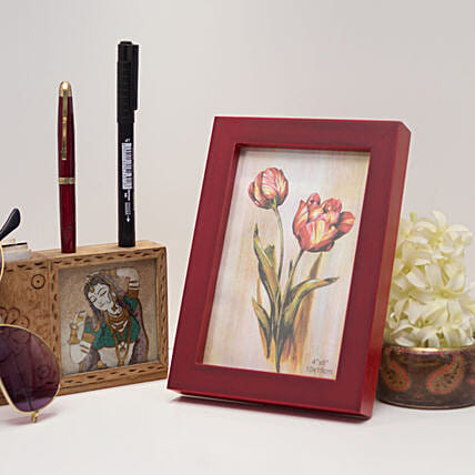 Red Wooden Photo Frame: Personalised Photo Frames Gifts