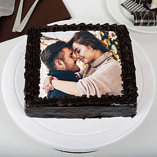 Rich Chocolate Photo Cake: Chocolate Day Gifts