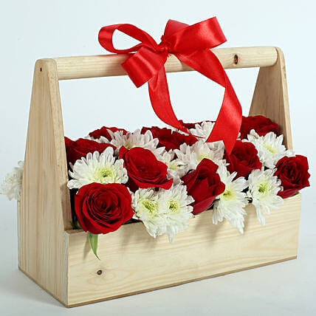 Romancing Roses N Daisies: Mixed flowers