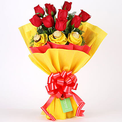 Roses N Chocolates Delight: Chocolate Bouquet