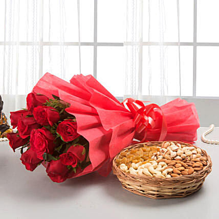 Roses with dryfruits: Dry Fruits