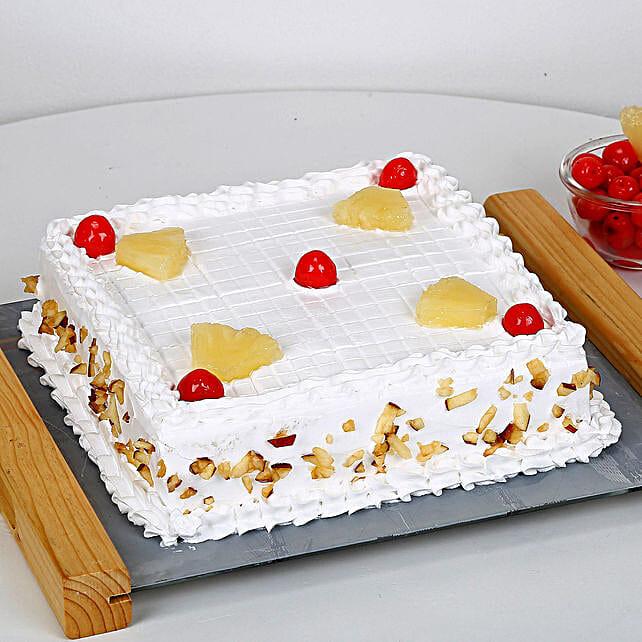 Special Fresh Fruit Cake: Send Fresh Fruit Cakes