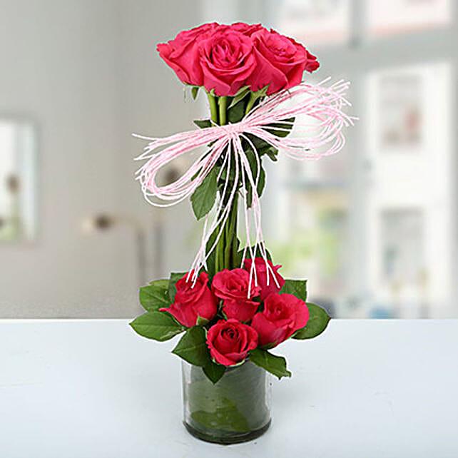 Splendid Rose Arrangement: Pink Flowers
