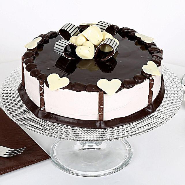 Stellar Chocolate Cake: Chocolate Cake