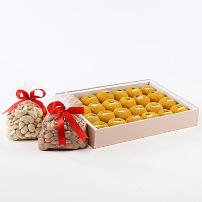 Sweet N Crunch Hamper: Send Gift Hampers
