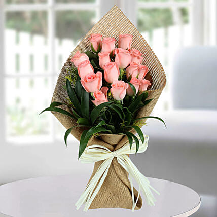 Sweet Pink Roses Bunch: Pink Flowers