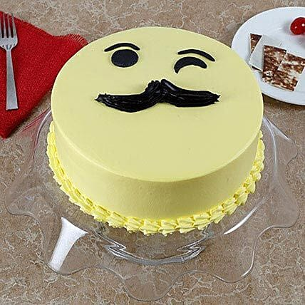 Tasty Cream Cake for Fathers Day: Grand Parents Day Gifts