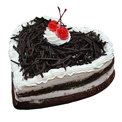 Black Forest Heart Cake: Send Black Forest Cakes