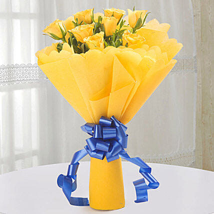 Bright Yellow Roses Bouquet: Wedding Gifts to Vapi