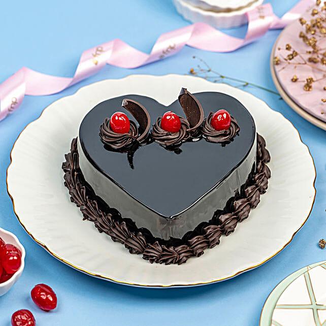 Chocolate Truffle Heart Cake: Send Valentine Gifts to Hyderabad