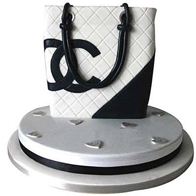 Classy Chanel Bag Cake: Designer Cakes