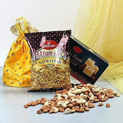 Delicious Delights: Karwa Chauth Gift Hampers