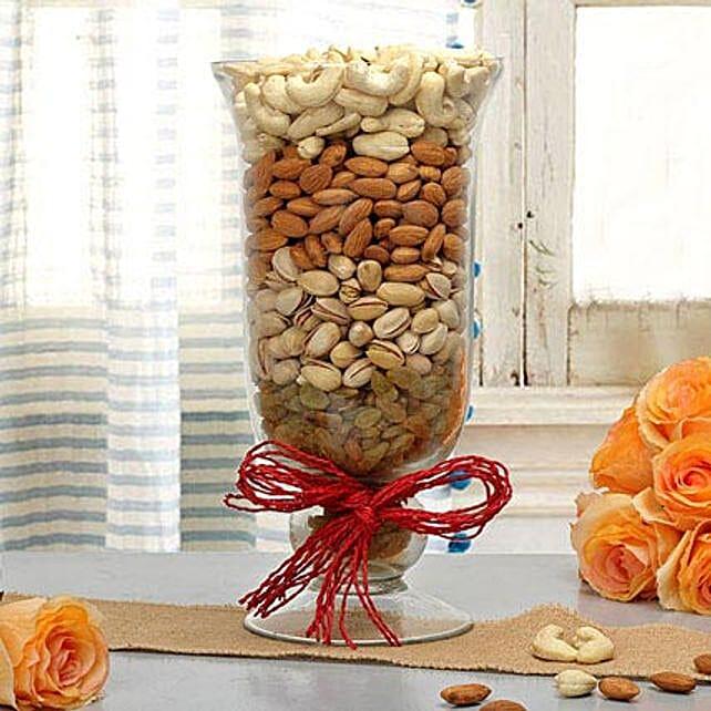 Delightful Gift: Sargi for Karwa Chauth India
