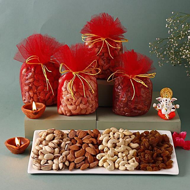 Festive Packs: Send Karwa Chauth Sargi