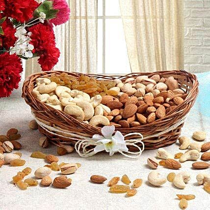 For Nut Lover: Dry Fruits