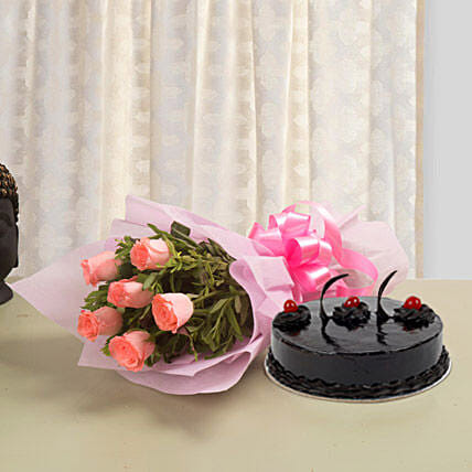 From The Heart: Flowers & Cake Combos