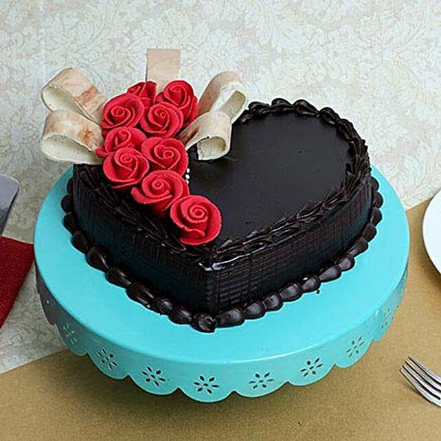 Semi Fondant Heart Cake: Designer Cakes