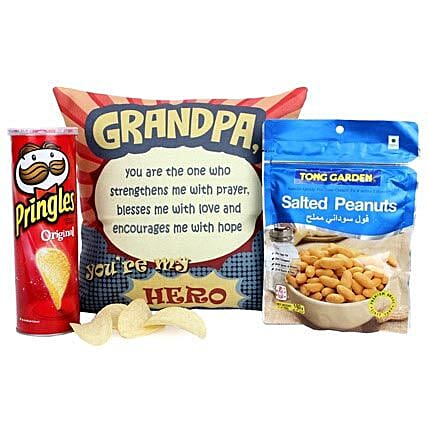 Tasty Treat For Grandpa: Gourmet Gifts India