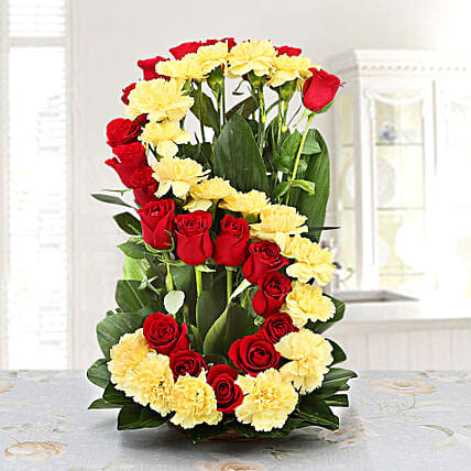 Personalised Floral Arrangement: Send Gifts to Nanded