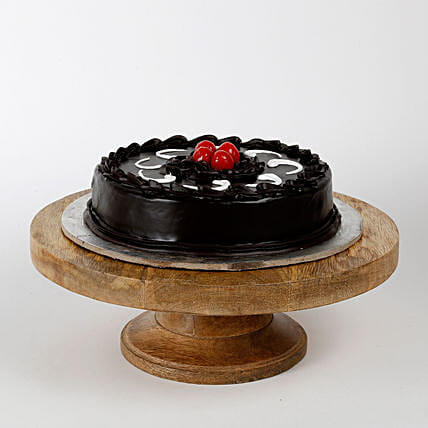 Chocolate Truffle Cake: New Year Cakes to Noida