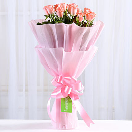 Endearing Pink Roses Bouquet: Send Womens Day Gifts to Delhi