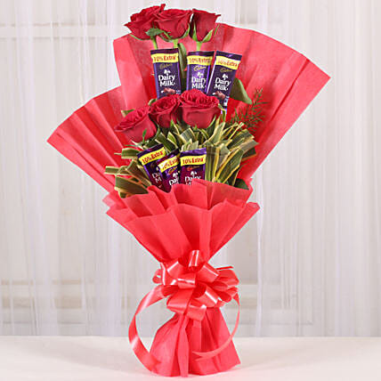 Chocolate Rose Bouquet: Send Christmas Gifts for Her