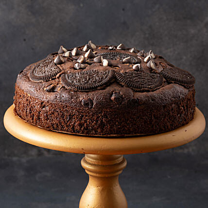 Oreo Chocolate Cake- 500 gms: Send Plum Cakes