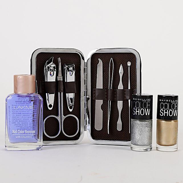 Stylish Nail Care Kit: Lakme Beauty Gifts