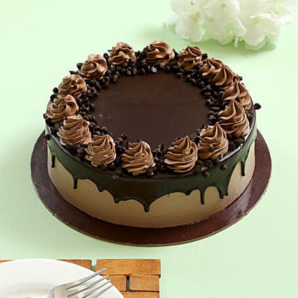 Cream Drop Chocolate Cake: Cakes for Birthday